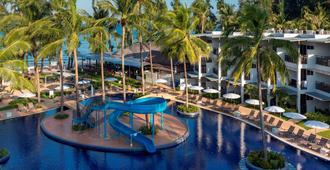 صن وينج بانجتاو بيتش - Choeng Thale - حوض السباحة