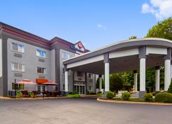 Best Western Plus Newport News Inn & Suites - Newport News - Building