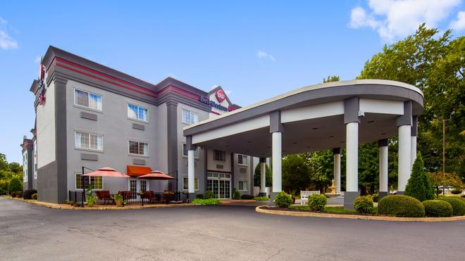 Best Western Plus Newport News Inn & Suites - Newport News - Edificio