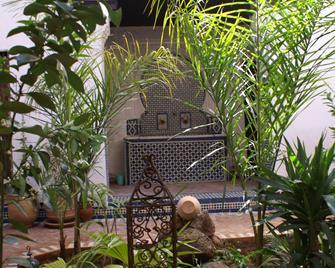Riad Felloussia - Meknes - Patio