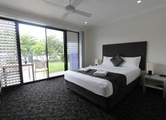 Shoredrive Motel - Townsville - Bedroom