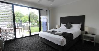 Shoredrive Motel - Townsville