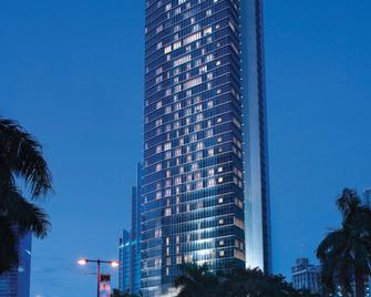 Oakwood Premier Cozmo Jakarta - South Jakarta - Building