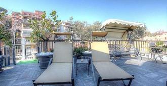 Trilussa Palace Hotel Congress & Spa - רומא - מרפסת