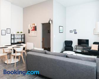 Au détour des Places - Arras - Living room