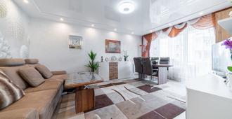 Private Apartment Kardinal-Galen-Hof - Hannover - Wohnzimmer