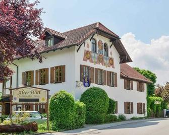 Landgasthof & Hotel Alter Wirt - Hechendorf am Pilsensee - Building