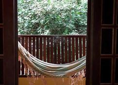 Paz e Amor Suite - Vila do Abraao - Balcon