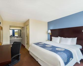 Days Inn by Wyndham Statesville - Statesville - Schlafzimmer