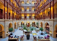 Shah Palace - Bakú - Lobby