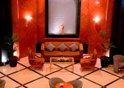 Swiss-Belhotel Sharjah - Sharjah - Lobby