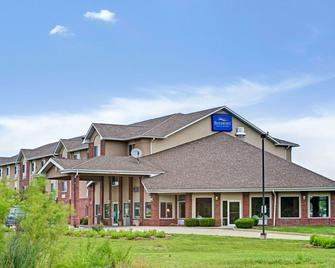 Baymont by Wyndham Indianapolis - Indianapolis - Building