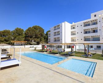 Hotel Levante - Es Pujols - Pool
