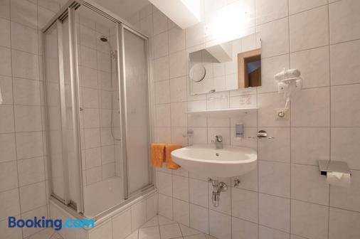 Hotel Alpenfriede - Jerzens - Bathroom