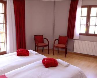 Hotel Ordino - Ordino - Schlafzimmer