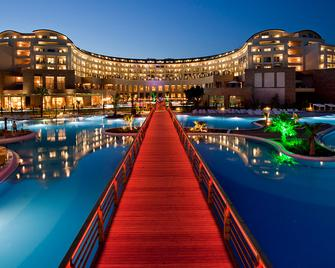 Kaya Palazzo Golf Resort - Belek - Building