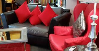 Rainbow Inn Bed & Breakfast - Temecula - Lounge