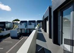 Bellano Motel Suites - Christchurch - Balcon