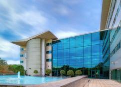 Arora Hotel Gatwick/Crawley - Crawley - Building