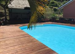Bora Bora Holiday's Lodge and Villa - Vaitape - Pool