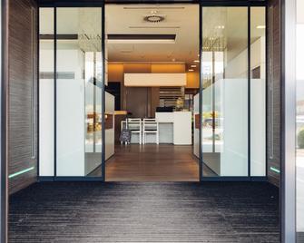 Harry's Home Hotel Graz - Hart bei Graz - Lobby