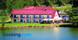 Seehotel Weit Meer - Waren - Edificio