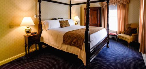 The Inn at Saratoga - Saratoga Springs - Bedroom
