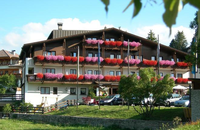 Hotel Condor - San Vigilio di Marebbe - Κτίριο