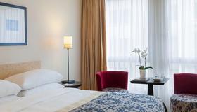 Jade Manotel - Geneva - Bedroom