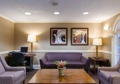 Comfort Inn West - Little Rock - Lounge