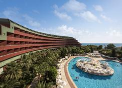Delphin Deluxe Resort Hotel - Okurcalar - Piscina
