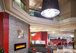 Best Western PLUS Waterfront Hotel - Windsor - Lobby