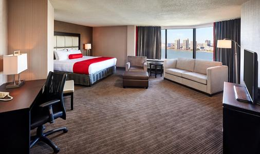 Best Western PLUS Waterfront Hotel - Windsor - Bedroom