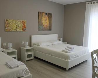 B&B Madonna della Via - Caltagirone - Bedroom