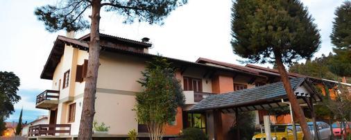 Hotel Alpen Hof - Gramado - Toà nhà