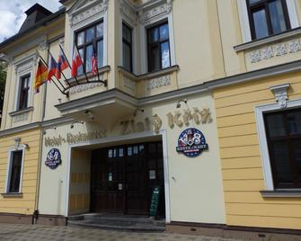 Hotel Zlaty Kriz - Тепліце - Building