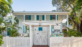 An Island Oasis - Key West - Κτίριο