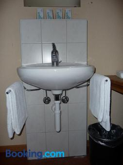 Bern Backpackers Hotel Glocke - Bern - Bathroom