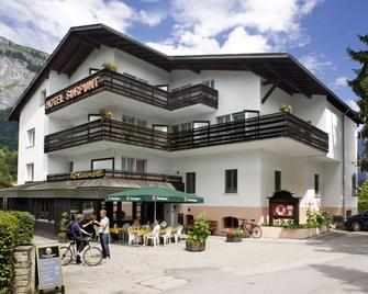 Hotel Surpunt - Flims - Building