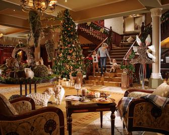 Hayfield Manor - Cork - Lobby