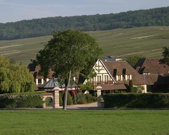 Hostellerie La Briqueterie - Vinay - Edificio