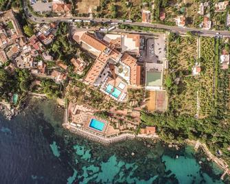 Domina Zagarella Sicily - Santa Flavia - Вигляд зовні