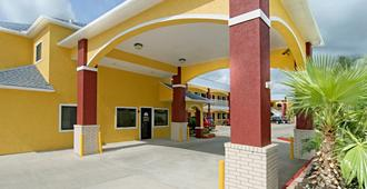 Americas Best Value Inn-Baytown - Baytown - Edificio