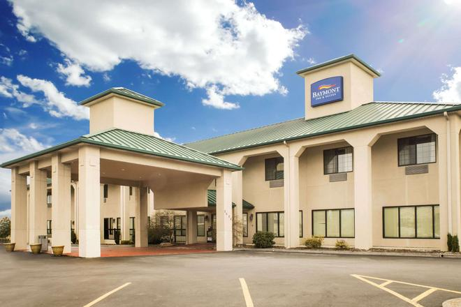 Baymont Inn & Suites Johnson City - Johnson City - Κτίριο