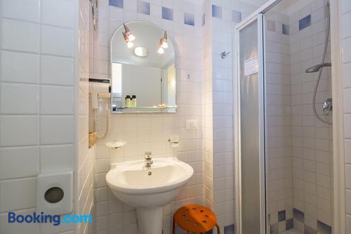Crosal - Rimini - Bathroom