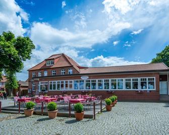 Hotel Hafen Hitzacker - Hitzacker - Будівля