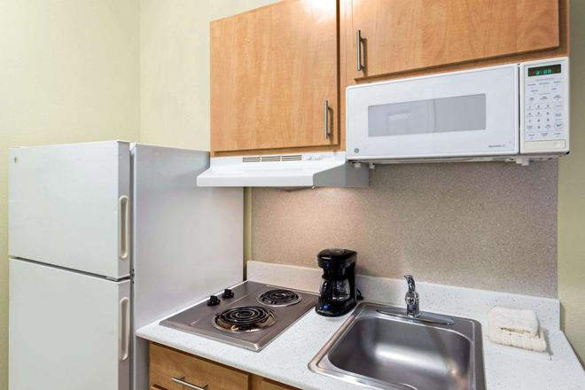 Suburban Extended Stay Hotel Lewisville - Lewisville - Κουζίνα