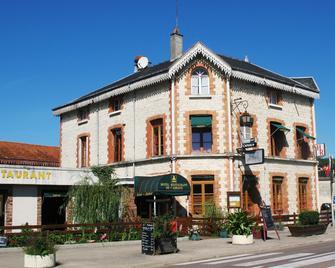 Hôtel Restaurant De L'abbaye - Ville-sous-la-Ferté - Building