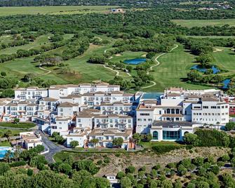 Fairplay Golf & Spa Resort - Benalup-Casas Viejas - Вигляд зовні