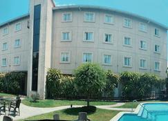 Hotel Gardenia Inn - San Salvador - Edificio